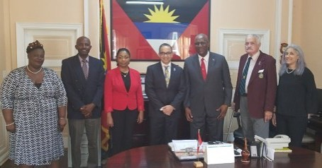 Rotary Club District Governor meets with Their Excellencies Sir Rodney and Lady Williams