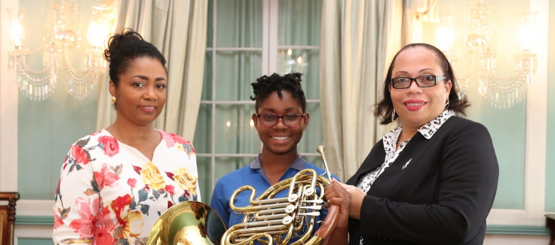 ABYSO receives musical instruments from Halo